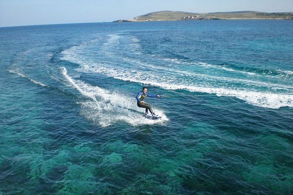 Malta-weather-water-skiing.jpg